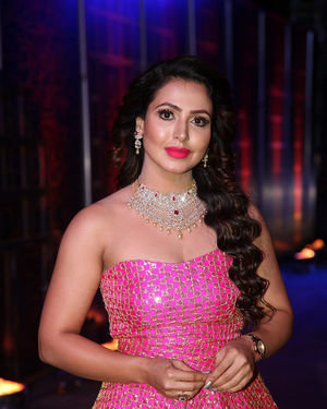 Nandini Rai - Zee Kutumbam Awards 2019 Photos | Picture 1690204