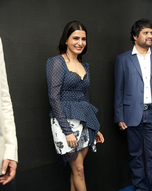 Samantha Launches Oneplus Mobiles At Big C | Picture 1690710