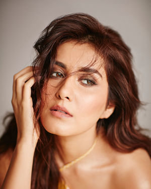 Actress Raashi Khanna Latest Photoshoot | Picture 1693205