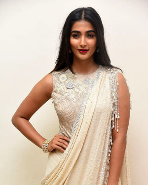 Pooja Hegde - Valmiki Movie Pre Release Event Photos | Picture 1682237