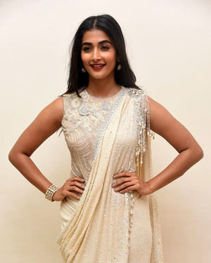Pooja Hegde - Valmiki Movie Pre Release Event Photos | Picture 1682234