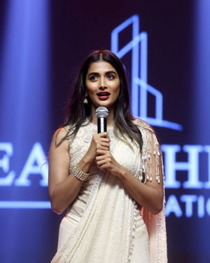 Pooja Hegde - Valmiki Movie Pre Release Event Photos | Picture 1682135