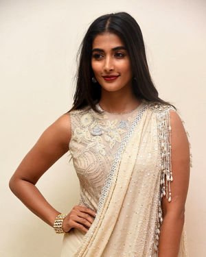 Pooja Hegde - Valmiki Movie Pre Release Event Photos | Picture 1682238