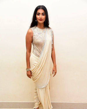 Pooja Hegde - Valmiki Movie Pre Release Event Photos | Picture 1682241