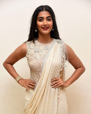 Pooja Hegde - Valmiki Movie Pre Release Event Photos | Picture 1682233