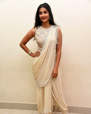 Pooja Hegde - Valmiki Movie Pre Release Event Photos | Picture 1682240