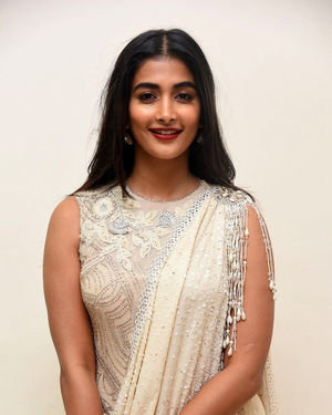 Pooja Hegde - Valmiki Movie Pre Release Event Photos | Picture 1682235