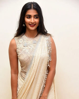 Pooja Hegde - Valmiki Movie Pre Release Event Photos | Picture 1682242
