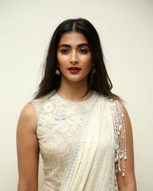 Pooja Hegde - Valmiki Movie Pre Release Event Photos | Picture 1682245