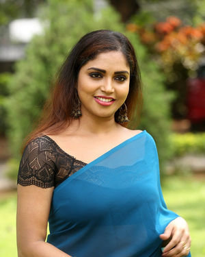 Karunya Chowdary - 3 Monkeys Telugu Film First Look Launch Photos | Picture 1685329