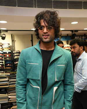 Vijay Devarakonda At The Launch Of KLM Shopping Mall Photos
