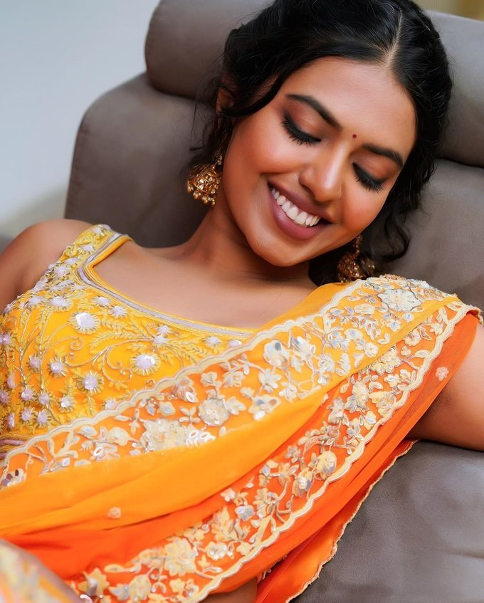 Shivani Rajasekhar Latest Photos | Picture 1728705