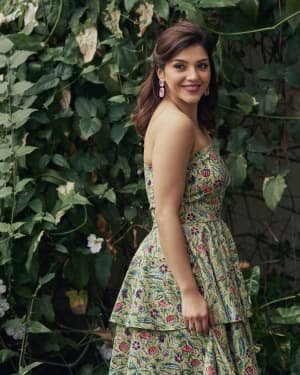 Mehreen Kaur Pirzadaa Latest Photoshoot | Picture 1729128