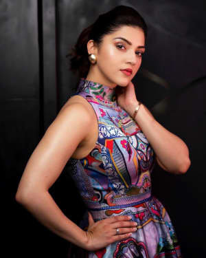 Mehreen Kaur Pirzadaa Latest Photoshoot | Picture 1729142