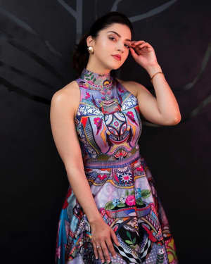 Mehreen Kaur Pirzadaa Latest Photoshoot | Picture 1729133