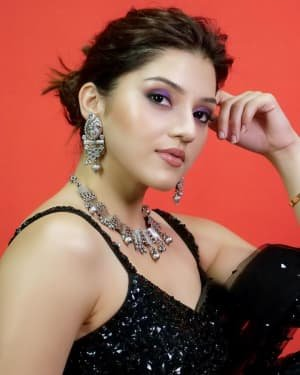 Mehreen Kaur Pirzadaa Latest Photoshoot | Picture 1729139