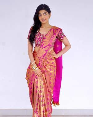 Pranitha Subhash Latest Photos   Picture 1730009