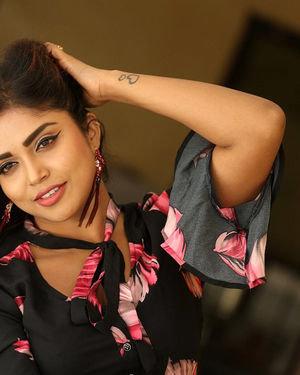 Karunya Chowdary - 3 Monkeys Telugu Movie Press Meet Photos | Picture 1718075