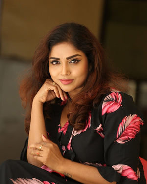 Karunya Chowdary - 3 Monkeys Telugu Movie Press Meet Photos | Picture 1718080