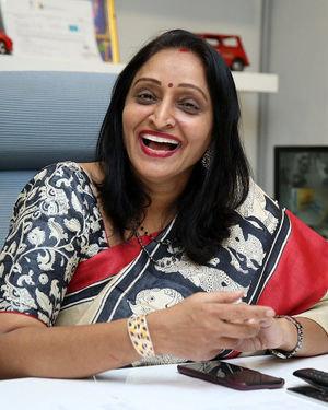 Producer Usha Mulpuri At Aswathama Movie Interview Photos | Picture 1718248