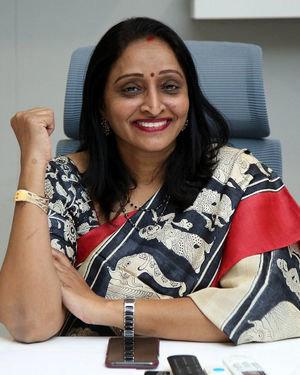 Producer Usha Mulpuri At Aswathama Movie Interview Photos | Picture 1718236