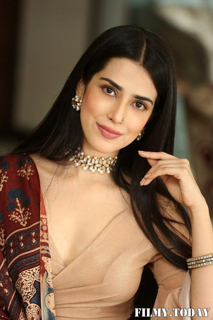 Saloni Mishra - 22 Telugu Movie Press Meet Photos | Picture 1718481