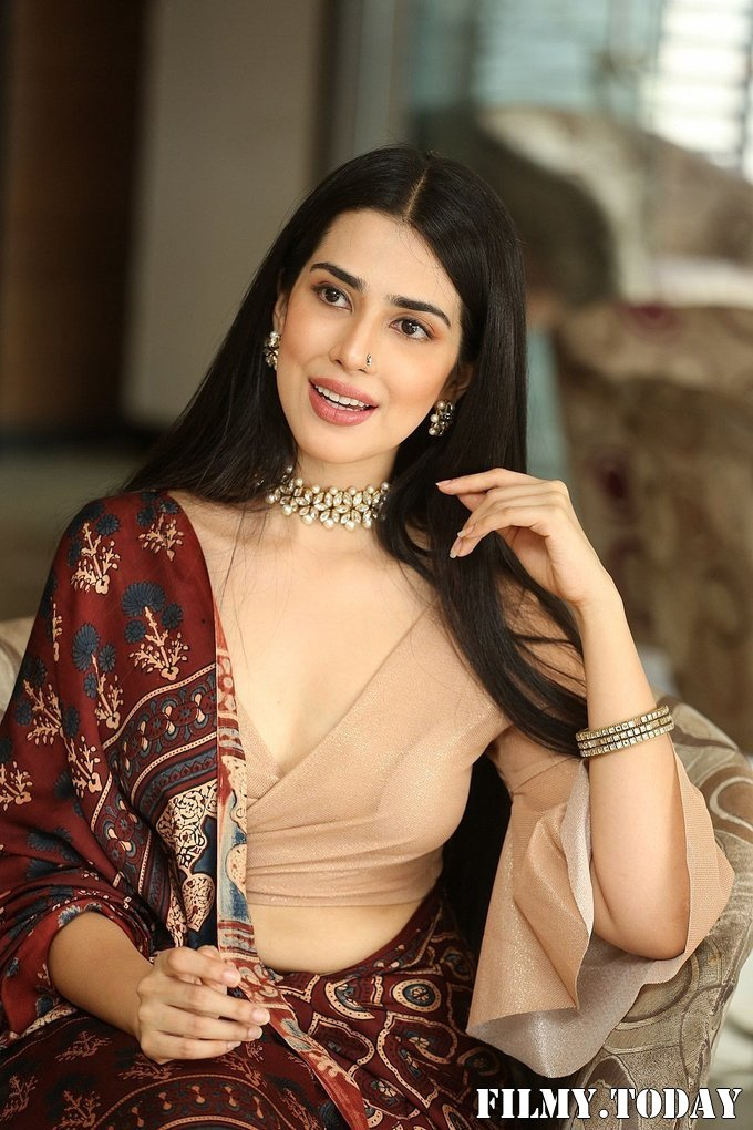 Saloni Mishra - 22 Telugu Movie Press Meet Photos | Picture 1718484
