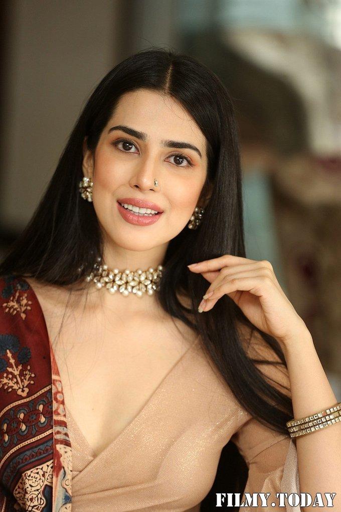 Saloni Mishra - 22 Telugu Movie Press Meet Photos   Picture 1718483