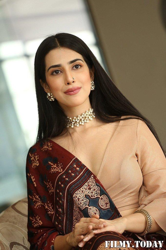 Saloni Mishra - 22 Telugu Movie Press Meet Photos | Picture 1718471