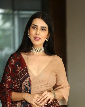 Saloni Mishra - 22 Telugu Movie Press Meet Photos | Picture 1718462