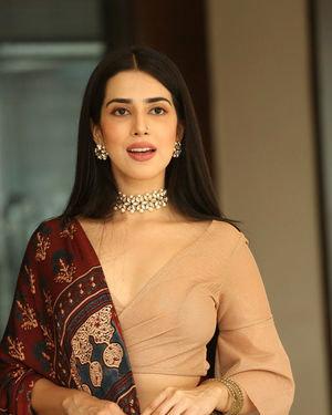 Saloni Mishra - 22 Telugu Movie Press Meet Photos | Picture 1718456