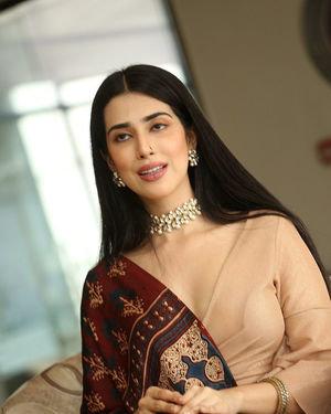 Saloni Mishra - 22 Telugu Movie Press Meet Photos | Picture 1718470
