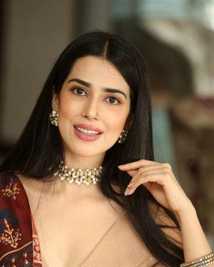 Saloni Mishra - 22 Telugu Movie Press Meet Photos | Picture 1718483