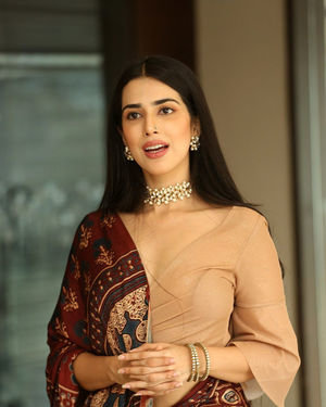 Saloni Mishra - 22 Telugu Movie Press Meet Photos | Picture 1718436