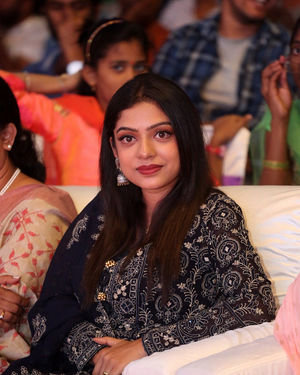 Varsha Bollamma - Jaanu Telugu Movie Pre Release Event Photos