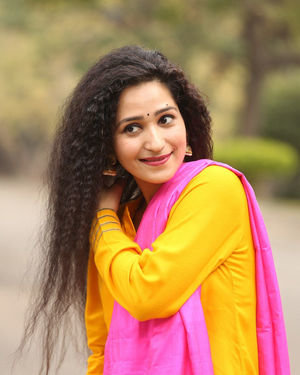 Garima Singh - Oka Chinna Viramam Movie Press Meet Photos | Picture 1718536