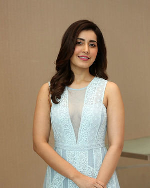 Raashi Khanna - World Famous Lover Movie Trailer Launch Photos | Picture 1719361