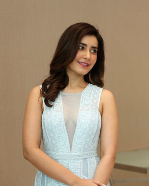 Raashi Khanna - World Famous Lover Movie Trailer Launch Photos | Picture 1719357