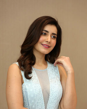 Raashi Khanna - World Famous Lover Movie Trailer Launch Photos | Picture 1719353