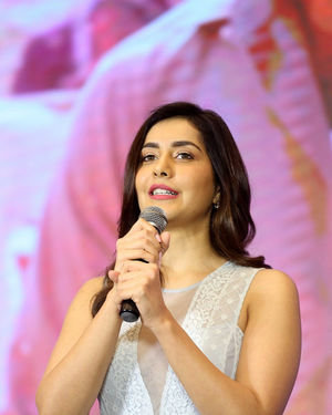 Raashi Khanna - World Famous Lover Movie Trailer Launch Photos | Picture 1719413