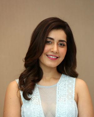 Raashi Khanna - World Famous Lover Movie Trailer Launch Photos | Picture 1719359