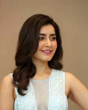 Raashi Khanna - World Famous Lover Movie Trailer Launch Photos | Picture 1719369