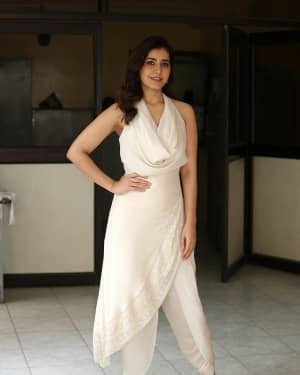 Raashi Khanna At World Famous Lover Film Interview Photos | Picture 1720499