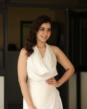 Raashi Khanna At World Famous Lover Film Interview Photos | Picture 1720500