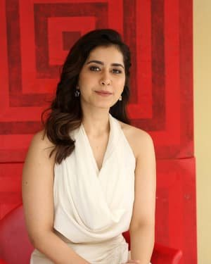 Raashi Khanna At World Famous Lover Film Interview Photos | Picture 1720483