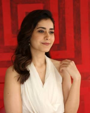 Raashi Khanna At World Famous Lover Film Interview Photos | Picture 1720480