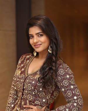 Aishwarya Rajesh - Photos: Promotion Of Telugu Film World Famous Lover | Picture 1720683