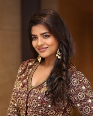 Aishwarya Rajesh - Photos: Promotion Of Telugu Film World Famous Lover | Picture 1720700