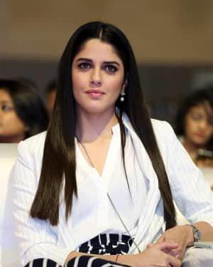 Izabelle Leite - Photos: Promotion Of Telugu Film World Famous Lover | Picture 1720627