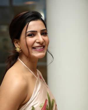 Samantha Akkineni At Jaanu Movie Thanks Meet Photos | Picture 1720653